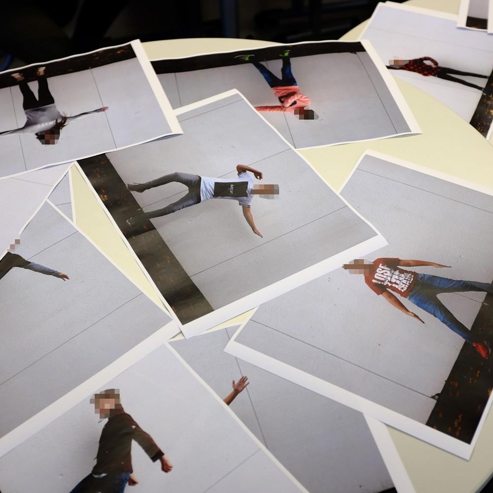 Auslage mit Fotografien