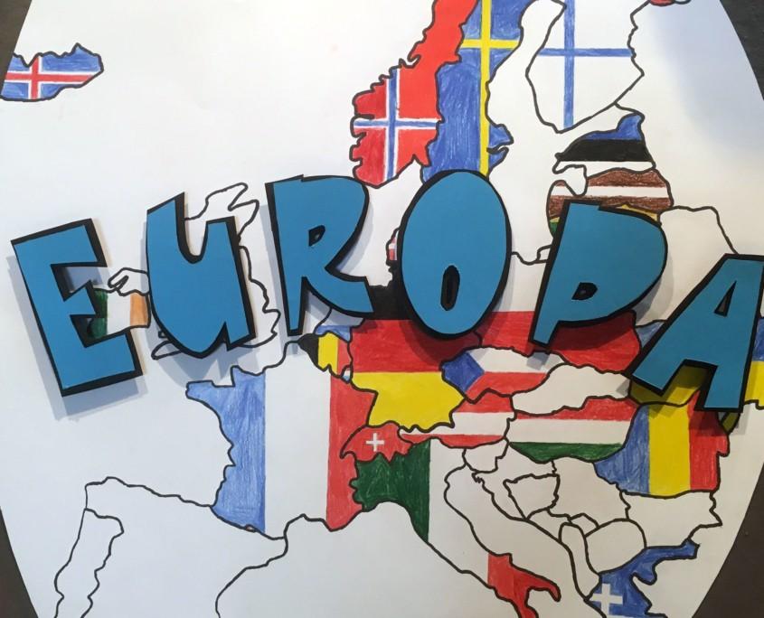 DREIDIMENSIONALE LAUTMALEREI - TYPOGRAFISCHE POP-UP SCHLAGWÖRTER ZU EUROPA